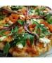 Base de pizza con tomate y orégano